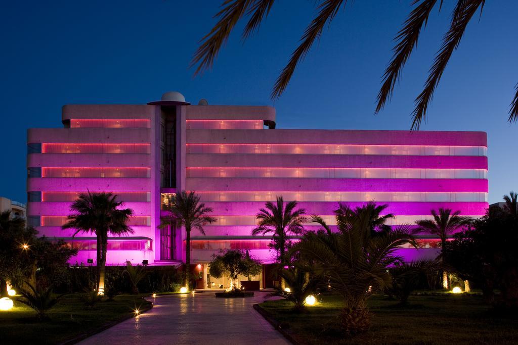 Image of El Hotel Pacha