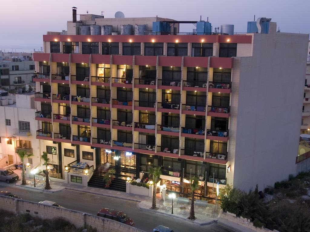 Image of Canifor Hotel