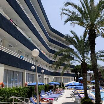 Image of Aquarium Hotel