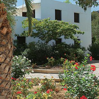 Image of Avra Studios & Apartments
