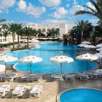 Image of Barons Palms Resort