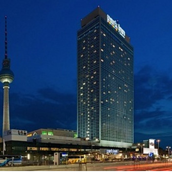 Image of Park Inn by Radisson Berlin Alexanderplatz