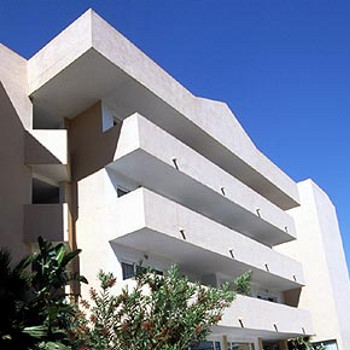 Image of Blue Star Apartments