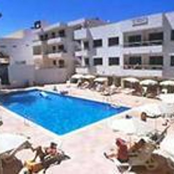 Image of El Pinar Aparthotel