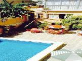 Image of El Tiburon Hotel