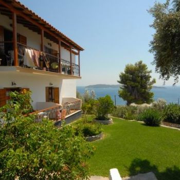 Image of Eleni Studios & Apartments