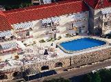 Image of Komodor Hotel