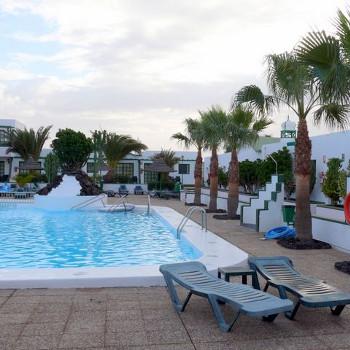 Image of Las Marinas Apartments