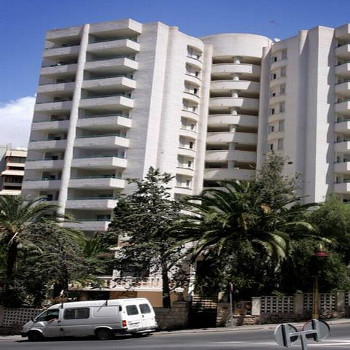 Image of Las Torres Apartments