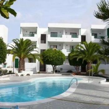 Image of Los Carmenes Apartments