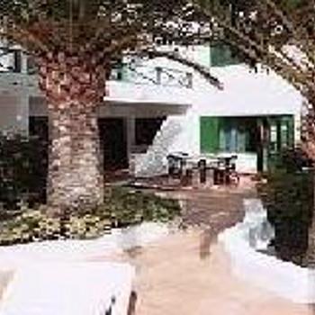 Image of Rocas Verdes Apartments