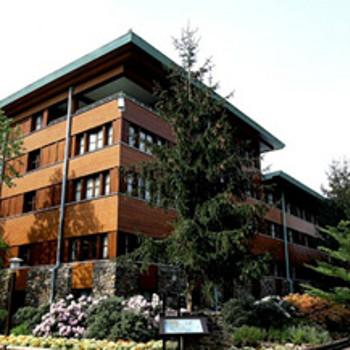 Image of Sequoia Lodge Hotel