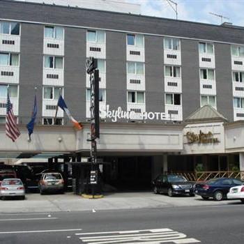 Image of Skyline Hotel