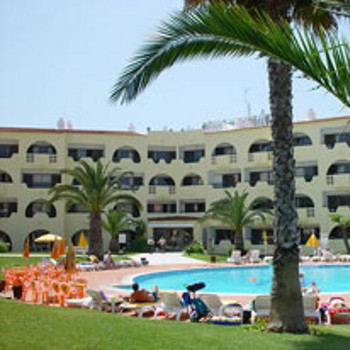 Valmangude jardim apartments holiday reviews albufeira for Albufeira jardin